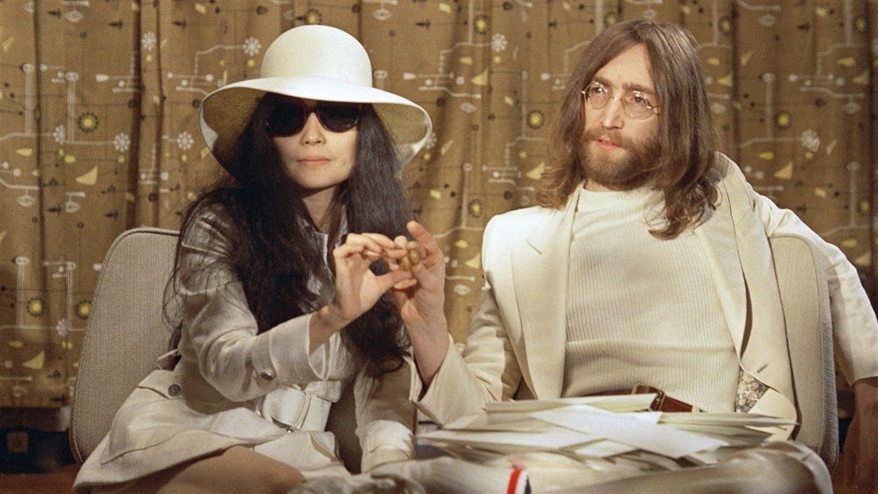 Yoko Ono et John Lennon en 1969
