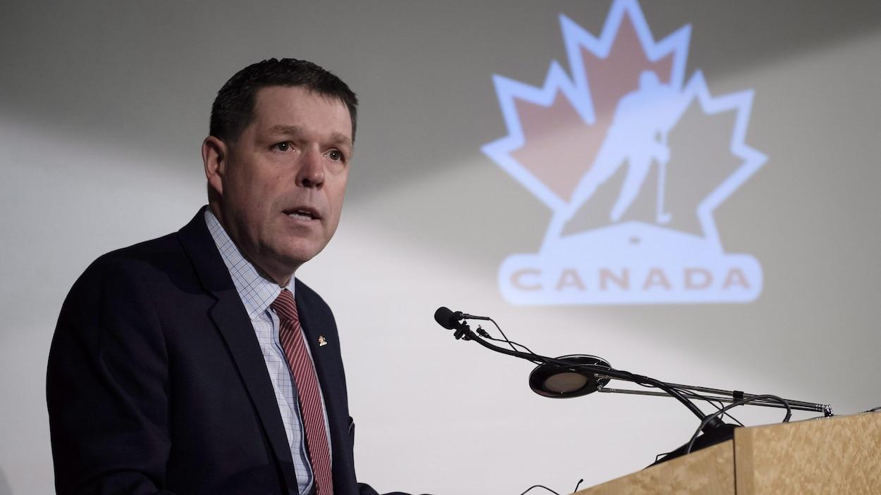 Le président de Hockey Canada Scott Smith