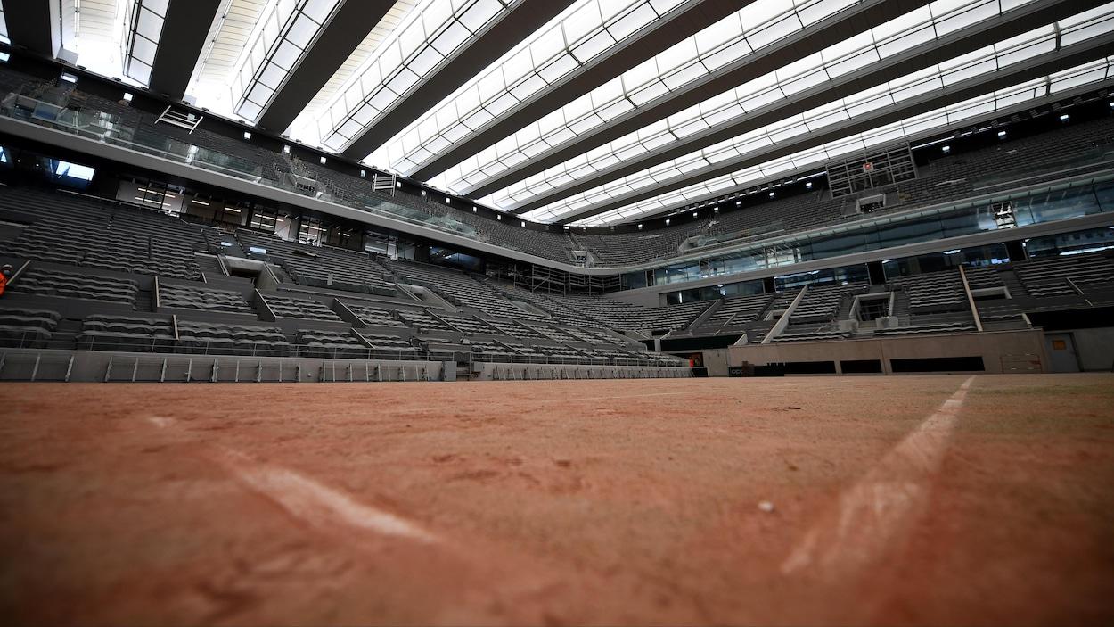 Le court Philippe-Chatrier, terrain principal de Roland-Garros