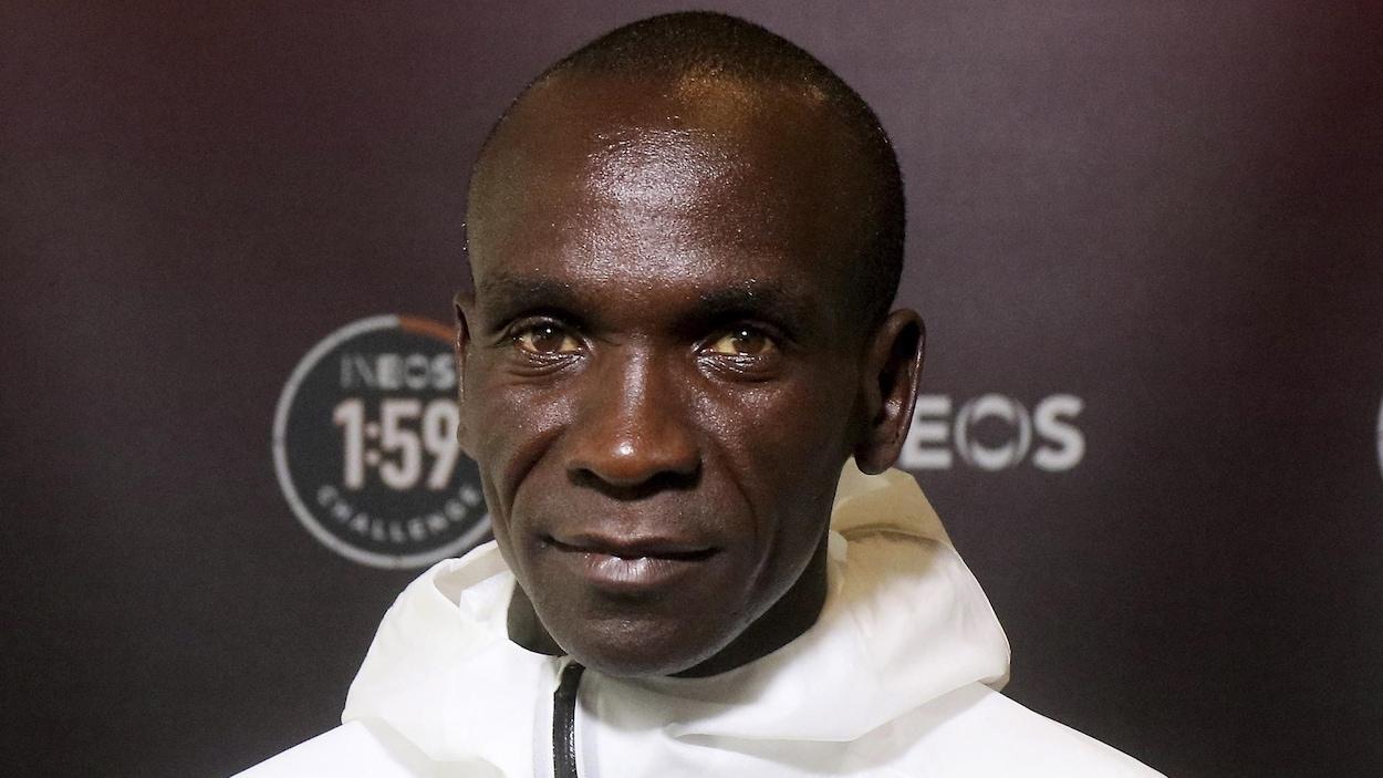 Le Kényan prêt pour son incroyable défi — Eliud Kipchoge