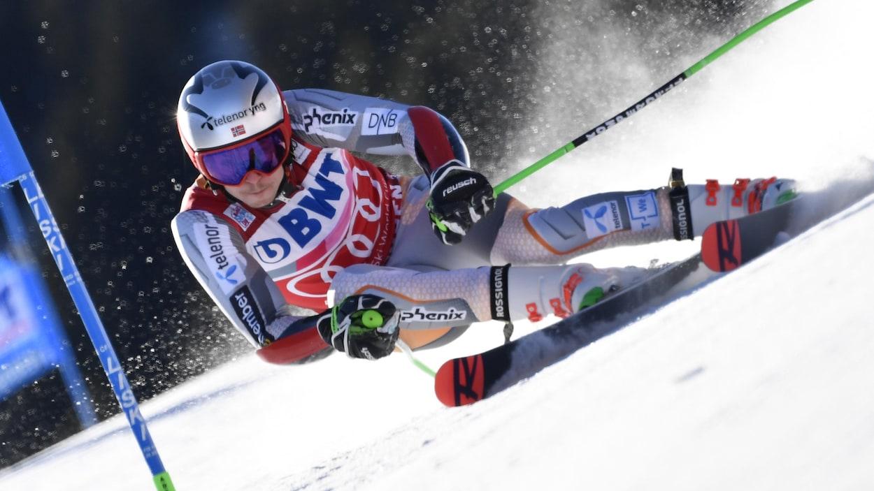 Le skieur norvégien Henrik Kristoffersen