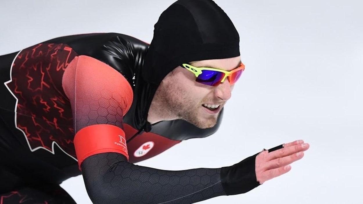Laurent Dubreuil au 500m du patinage de vitesse sur longue piste