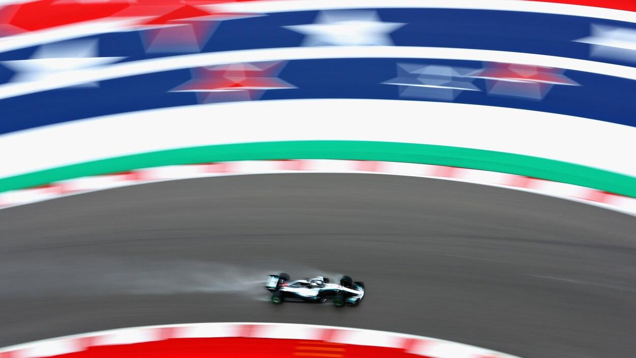 GP des États-Unis: Raikkonen triomphe, Hamilton doit attendre