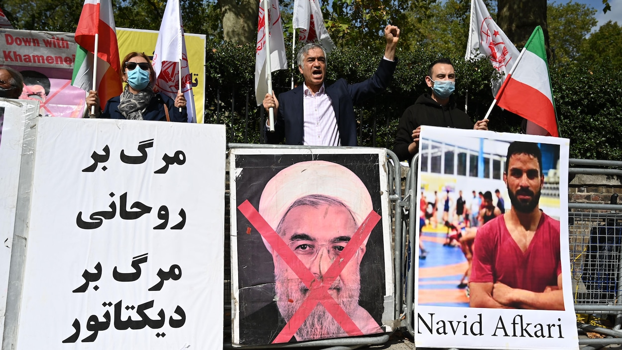 Paris condamne l'exécution d'un lutteur en Iran