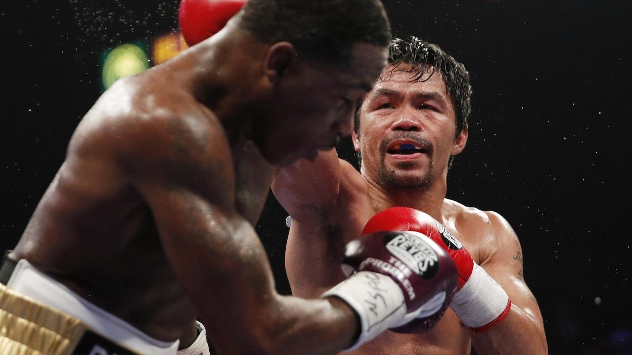 Manny Pacquiao a servi une leçon de boxe à Adrien Broner