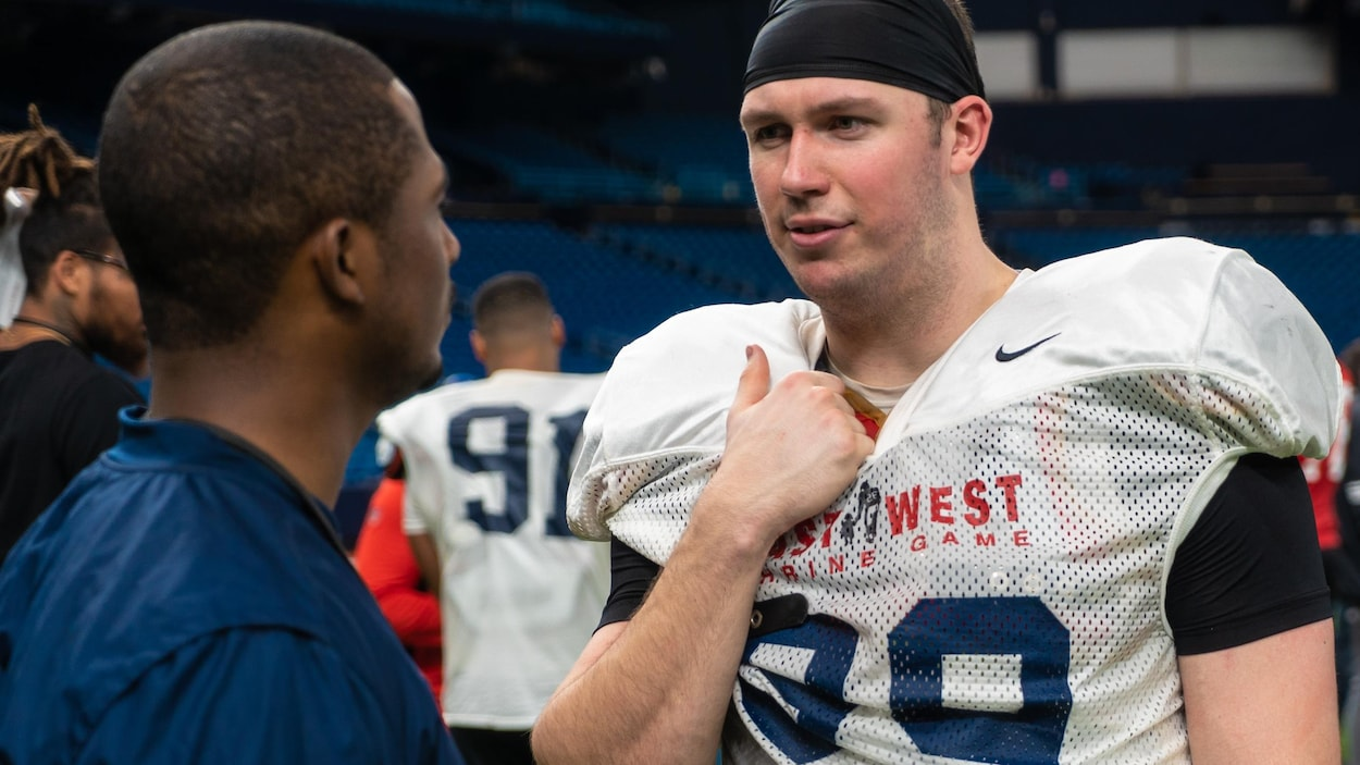 Mathieu Betts à l'entraînement pour l'East-West Shrine game