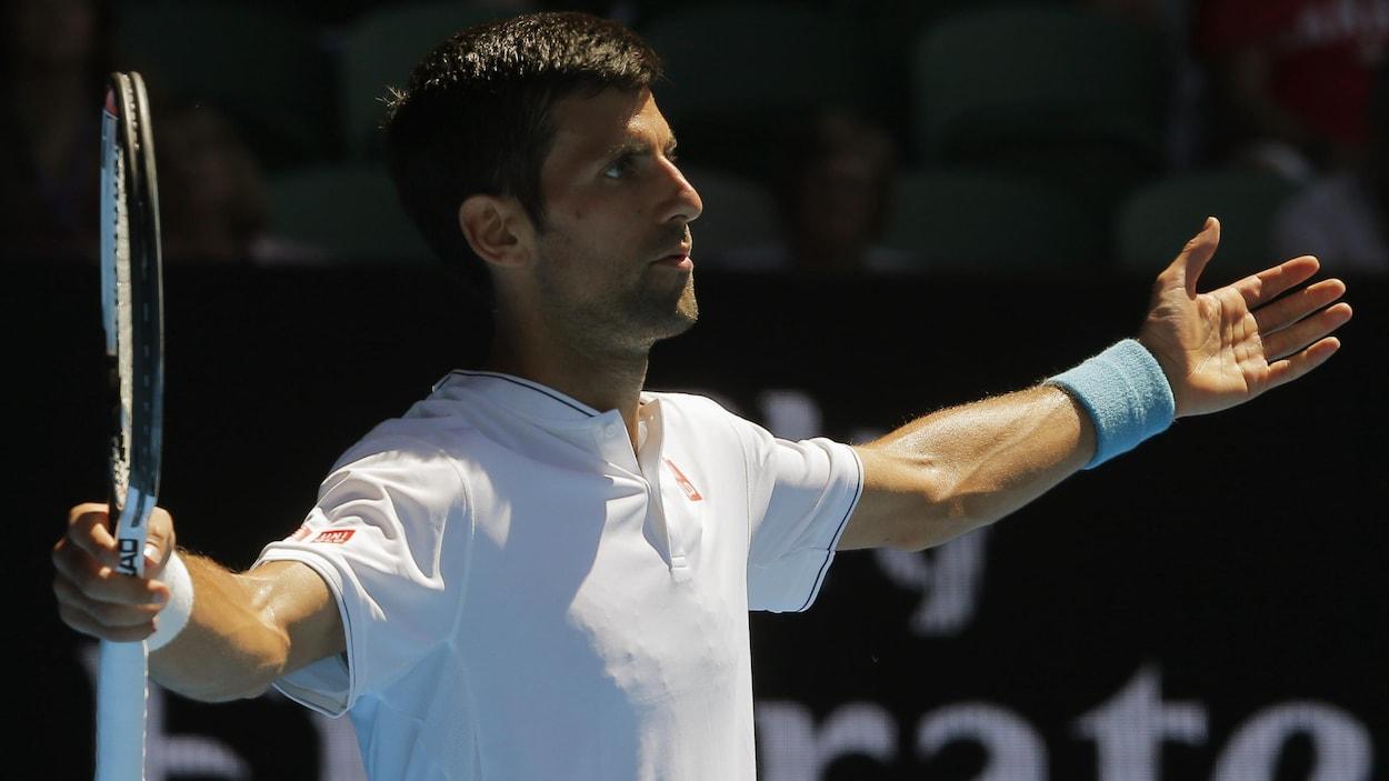 Djokovic forfait pour le tournoi d'exhibition d'Abou Dhabi
