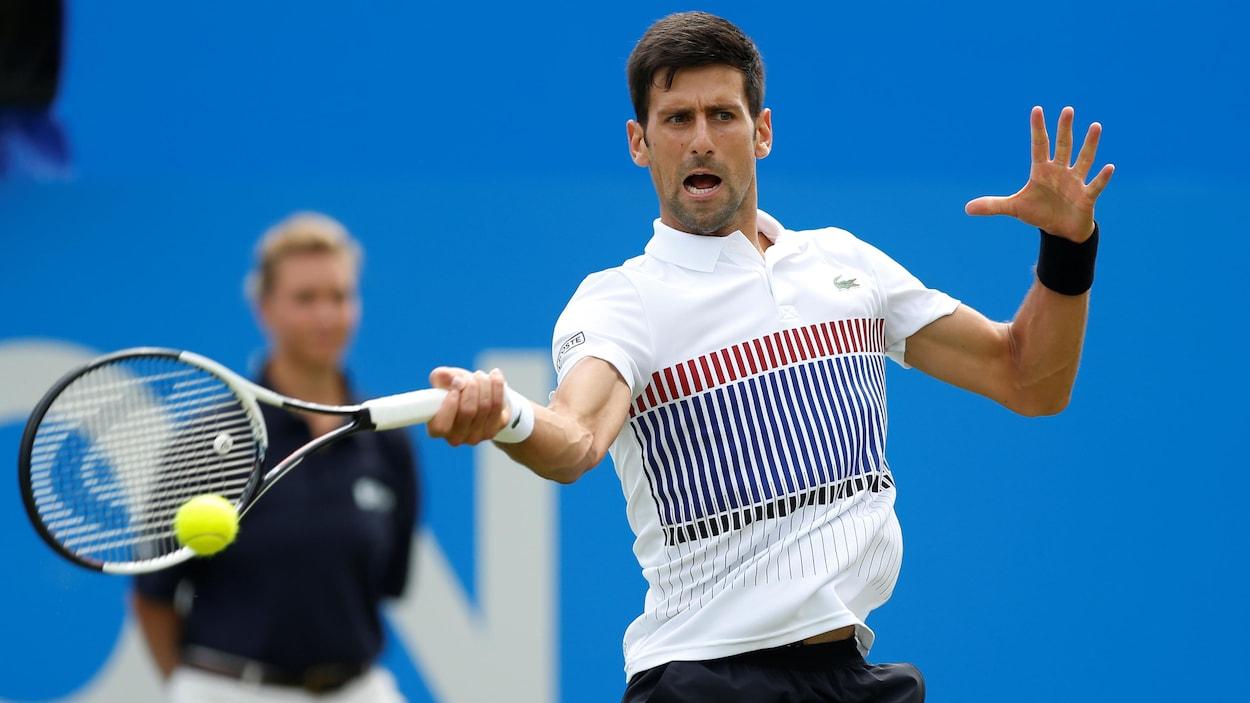 Tennis: Djokovic s'est-il fait opérer de la main après l'Open d'Australie?