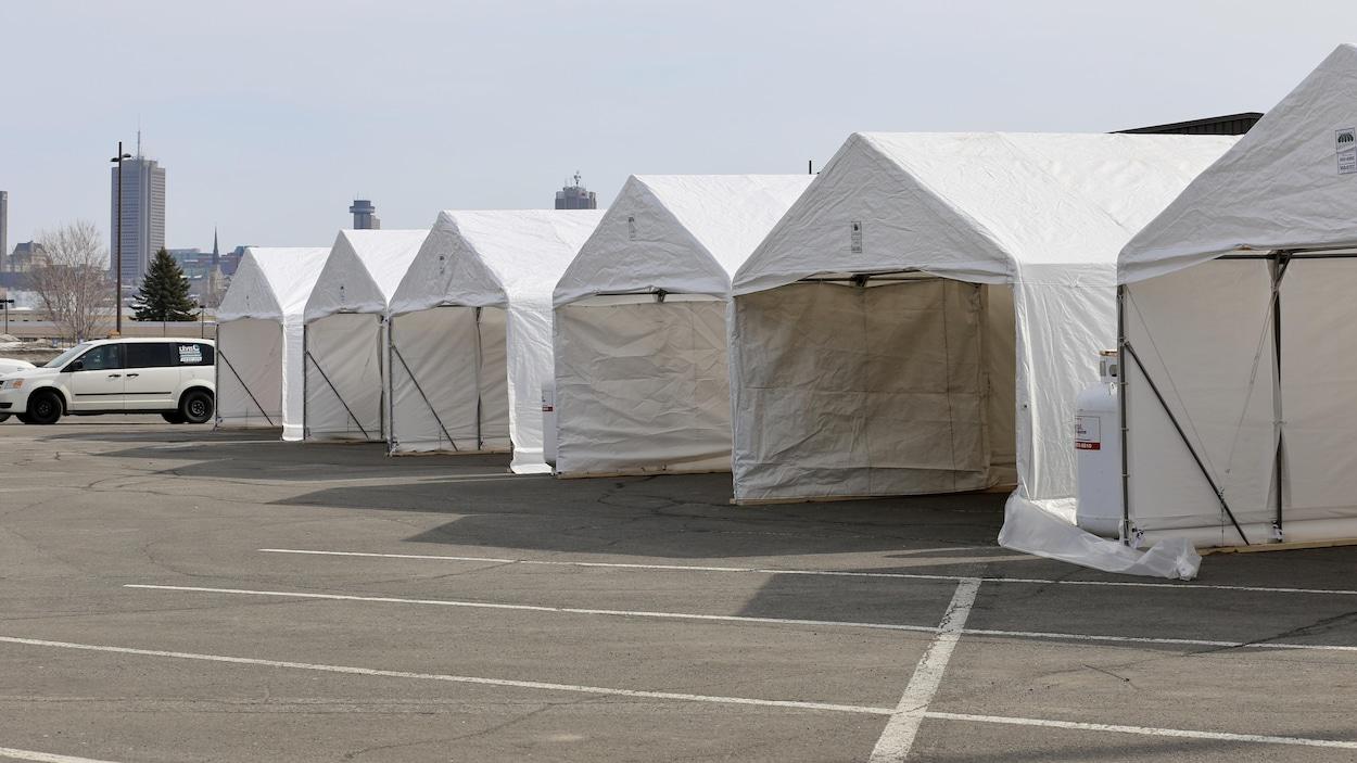 Le nombre de tests est passé de 300 à 400 à la clinique de dépistage de la Place Fleur de Lys.