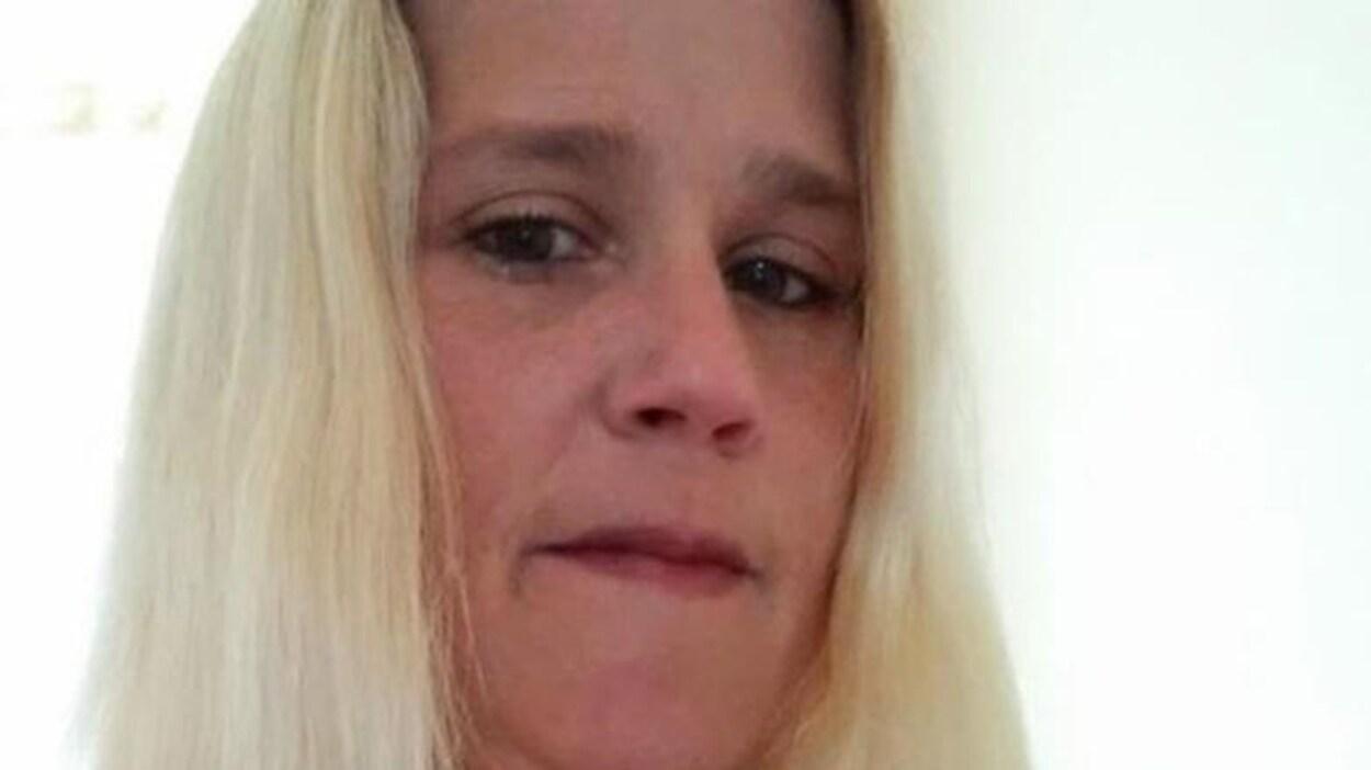 Photo de profil Facebook du visage de Wendy Losier.