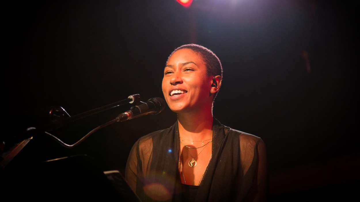 Dominique Fils-Aimé en concert.