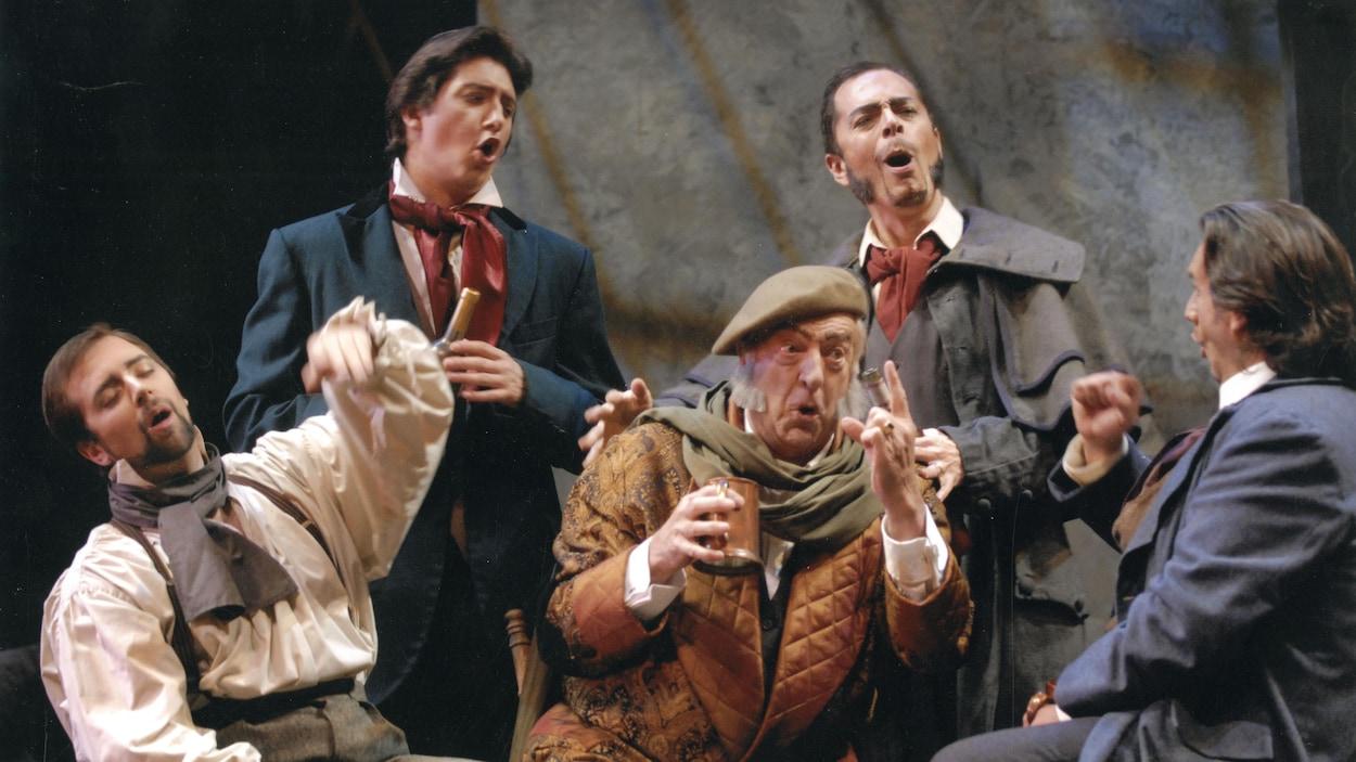 Joseph Rouleau en 2006 dans une production de La Bohème de Puccini; il est entouré d'Étienne Dupuis, d'Alexandre Dobson, d'Alain Coulombe, de Marc Hervieux.