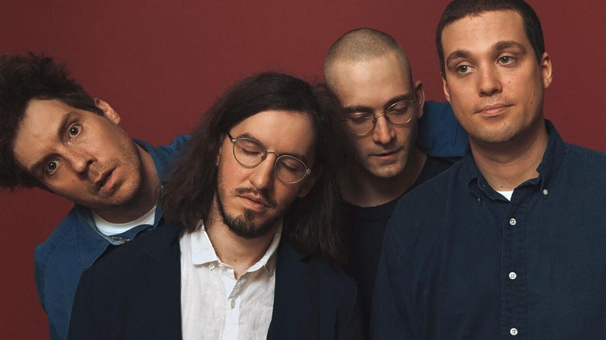 Une photo des quatre membres du groupe montréalais Corridor.