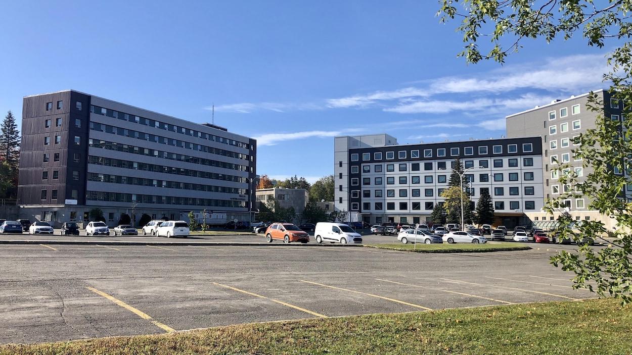 Un complexe hospitalier.