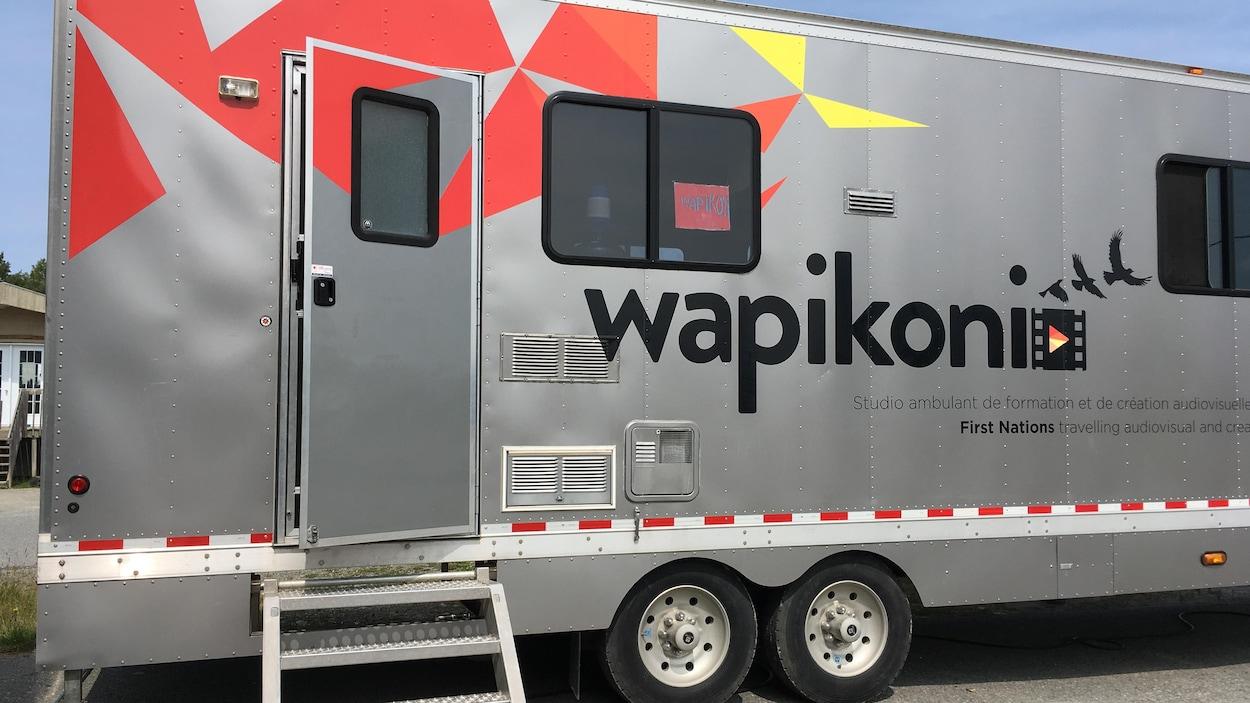 Le studio sur roues de Wapikoni mobile.