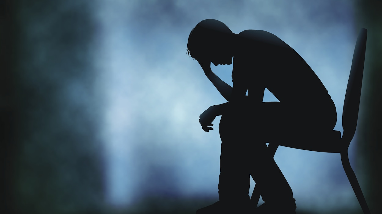 Un homme en détresse psychologique