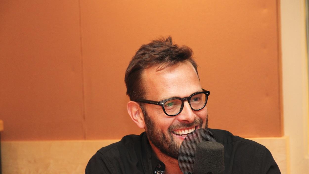 Le cinéaste, auteur et producteur Hugo Latulippe.
