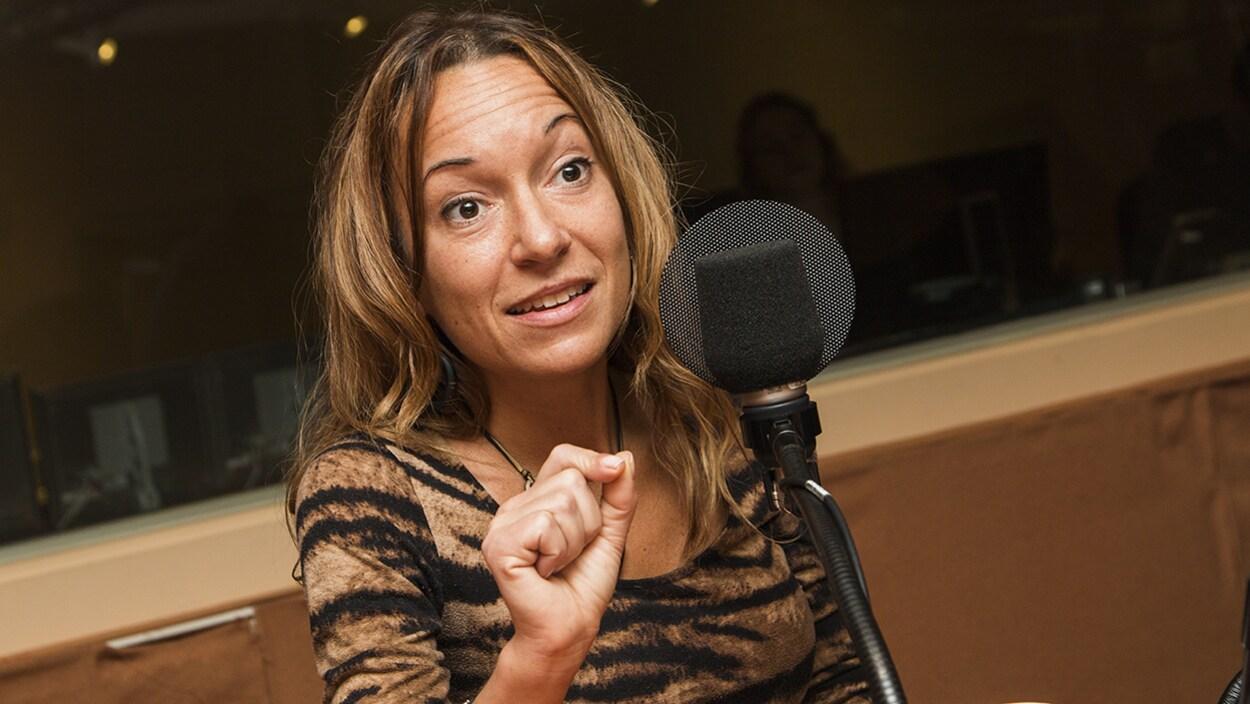 La Dre Marie-Ève Morin en entrevue à la radio de Radio-Canada.