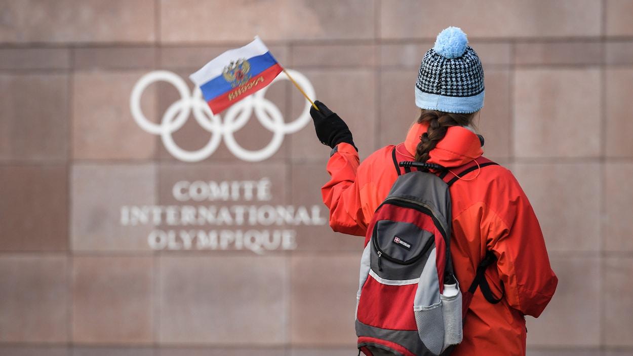 Des contrôleurs antidopage arrivent, 36 athlètes tombent subitement malades — Russie