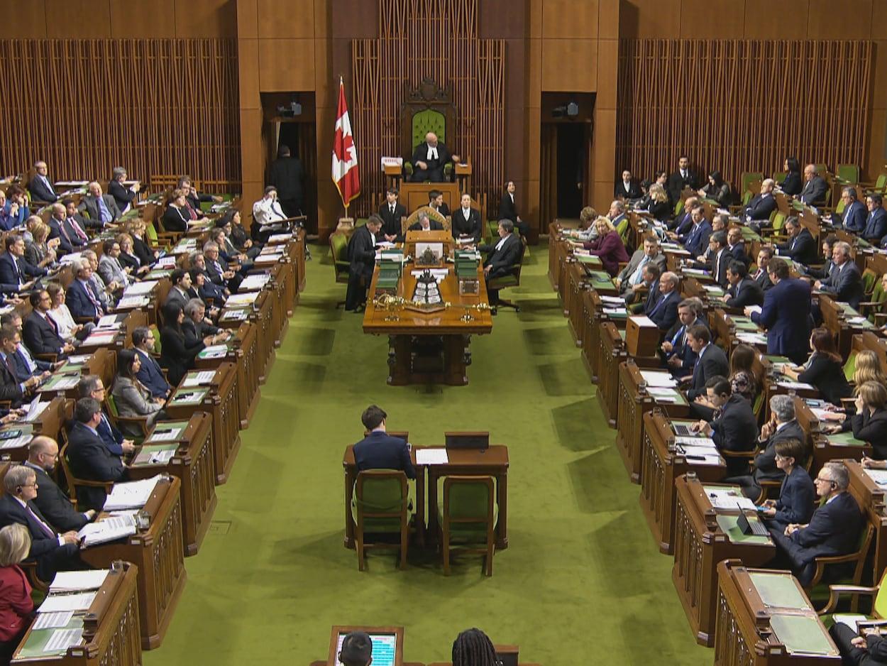 Vue d'ensemble de la Chambre des communes à Ottawa, en juillet 2019, lors de la période des questions.