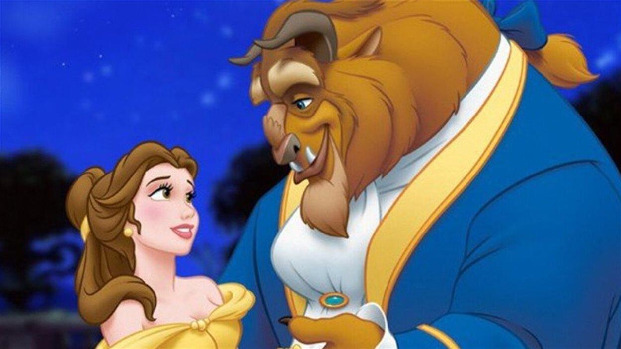 Dans La belle et la bête, une belle femme tombe sous le charme d'une grosse bête poilue.