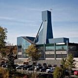 Vale (淡水河谷)公司表示,正在解救被困在安大略省北部大萨德伯里 Totten 矿井下的 39 名员工。