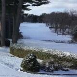 Le terrain du club de golf Ki-8-Eb recouvert de neige, en décembre 2020