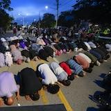 安大略省伦敦市为在6月6日袭击中丧生的穆斯林家庭进行悼念。