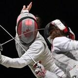 加拿大運動員在東京奧運女子擊劍比賽中。