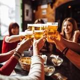 魁北克省酒吧和餐馆自 11 月 1 日起恢复正常营业时间。