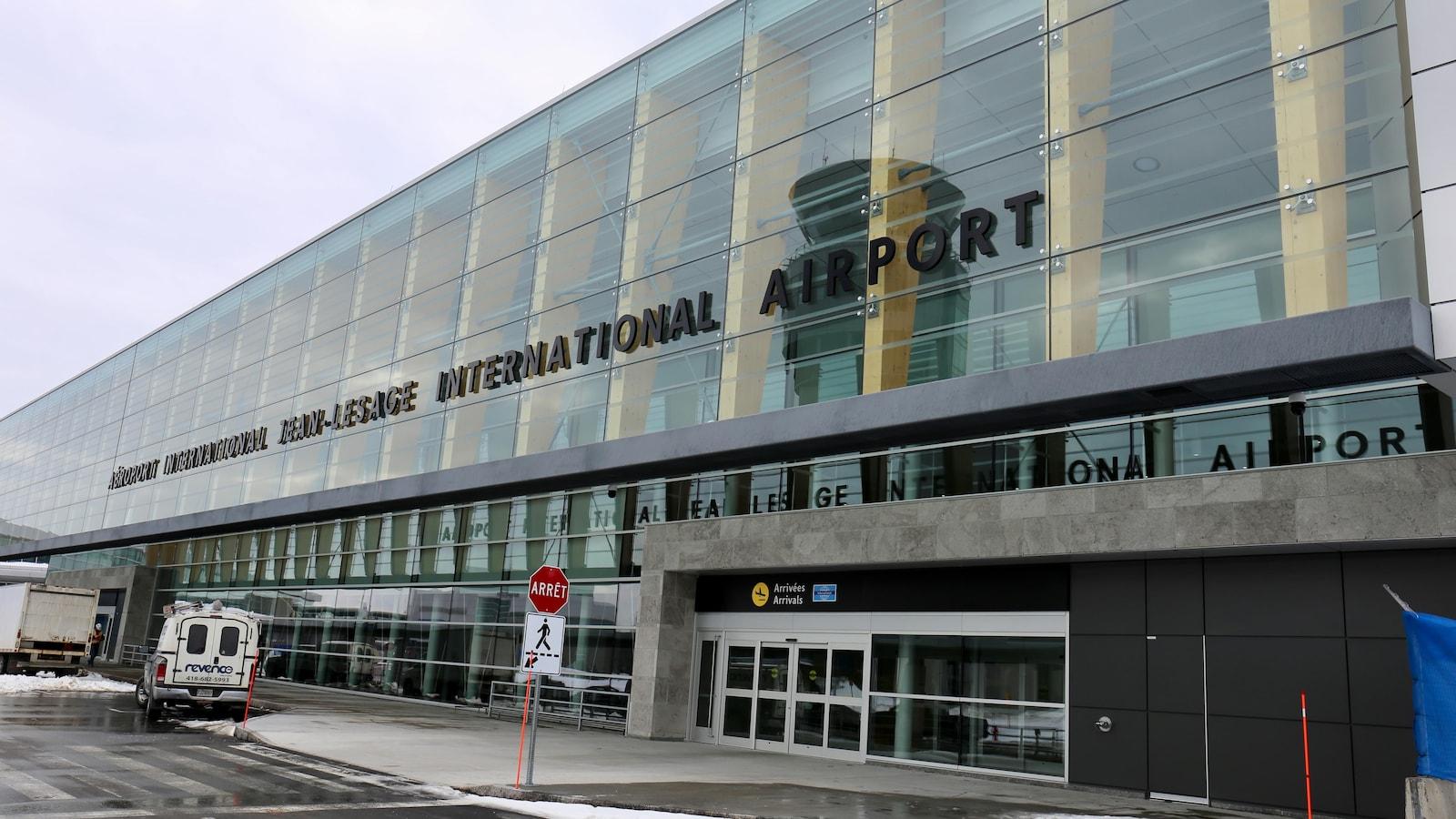 L'Aéroport international Jean-Lesage photographié en hiver