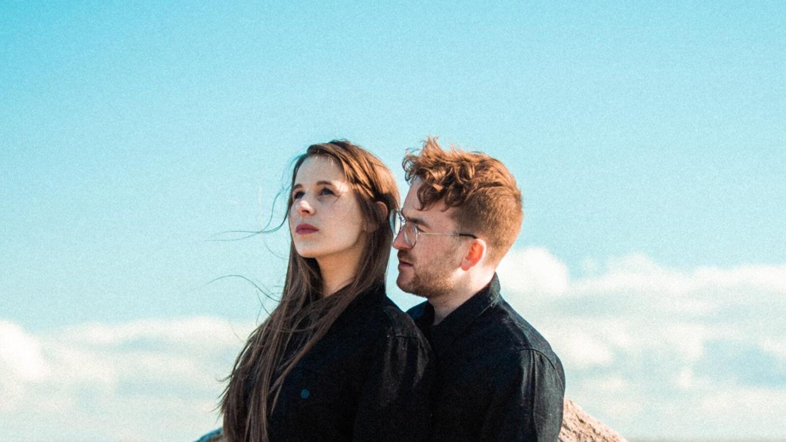 La pochette de l'album De la rivière à la mer d'Alain Barbeau et Geneviève RB.