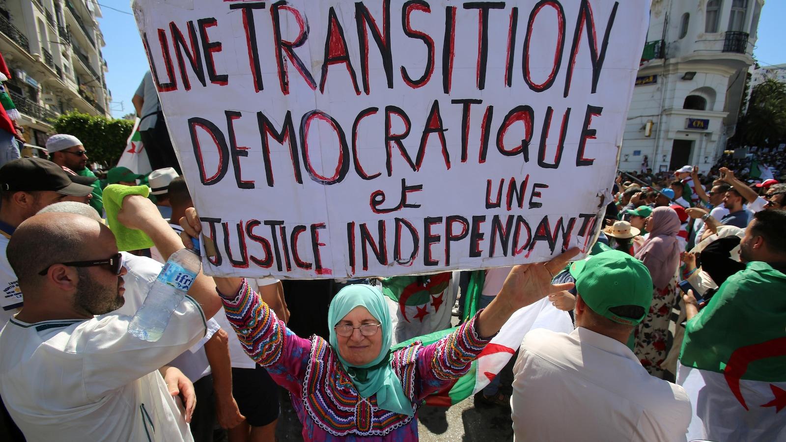 20e vendredi de contestation : Marche pour une nouvelle indépendance
