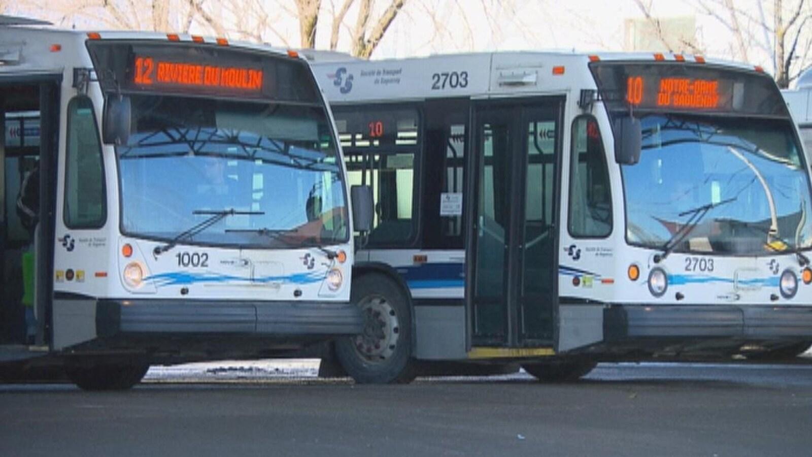 Autobus de la Société de transport du Saguenay