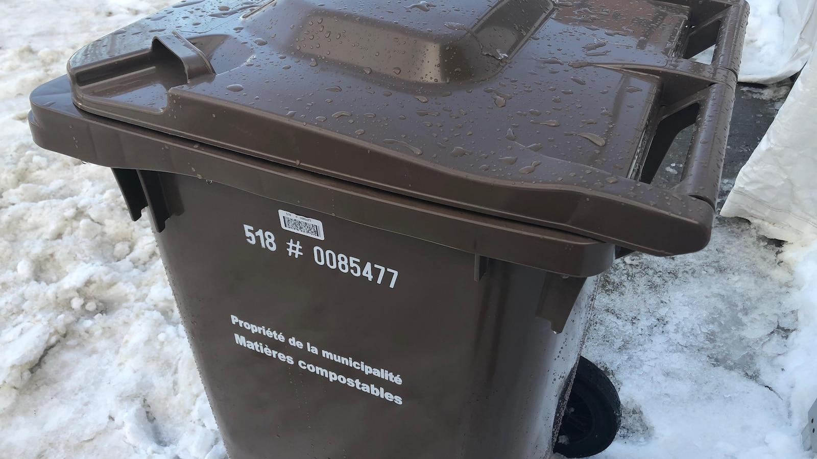 Un bac de compostage de la Ville de Rimouski.