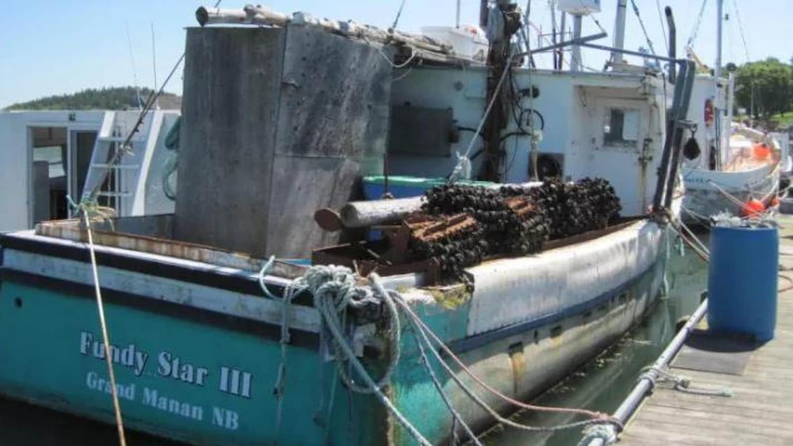 Le bateau Fundy Star III, avant qu'il ne soit démoli.