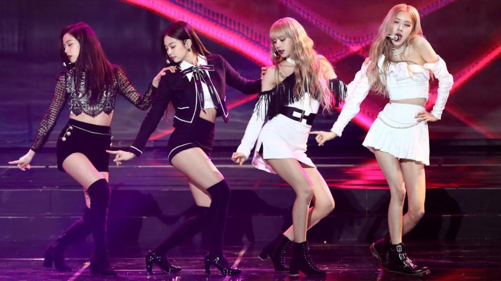 Les 4 chanteuses sur scène
