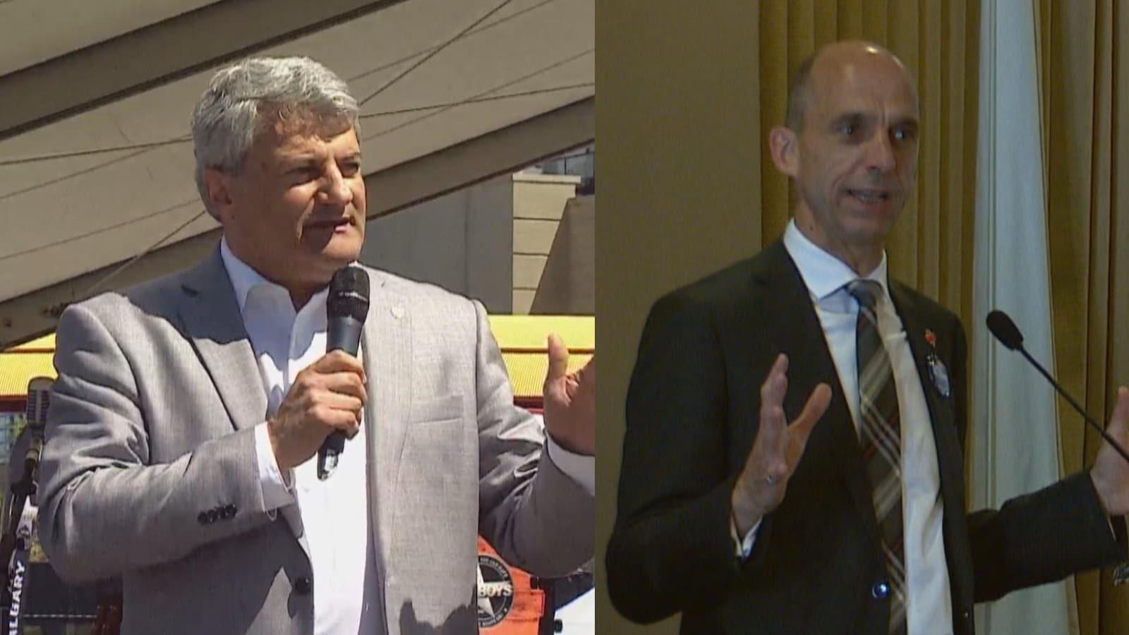 Vue sur une photo de deux hommes qui parlent avec un micro. Ils portent un veston et une cravate.