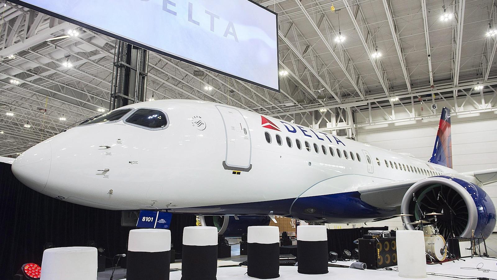 Delta est la première compagnie aérienne en Amérique du Nord à acheter l'avion anciennement construit sous l'enseigne C Series de Bombardier.
