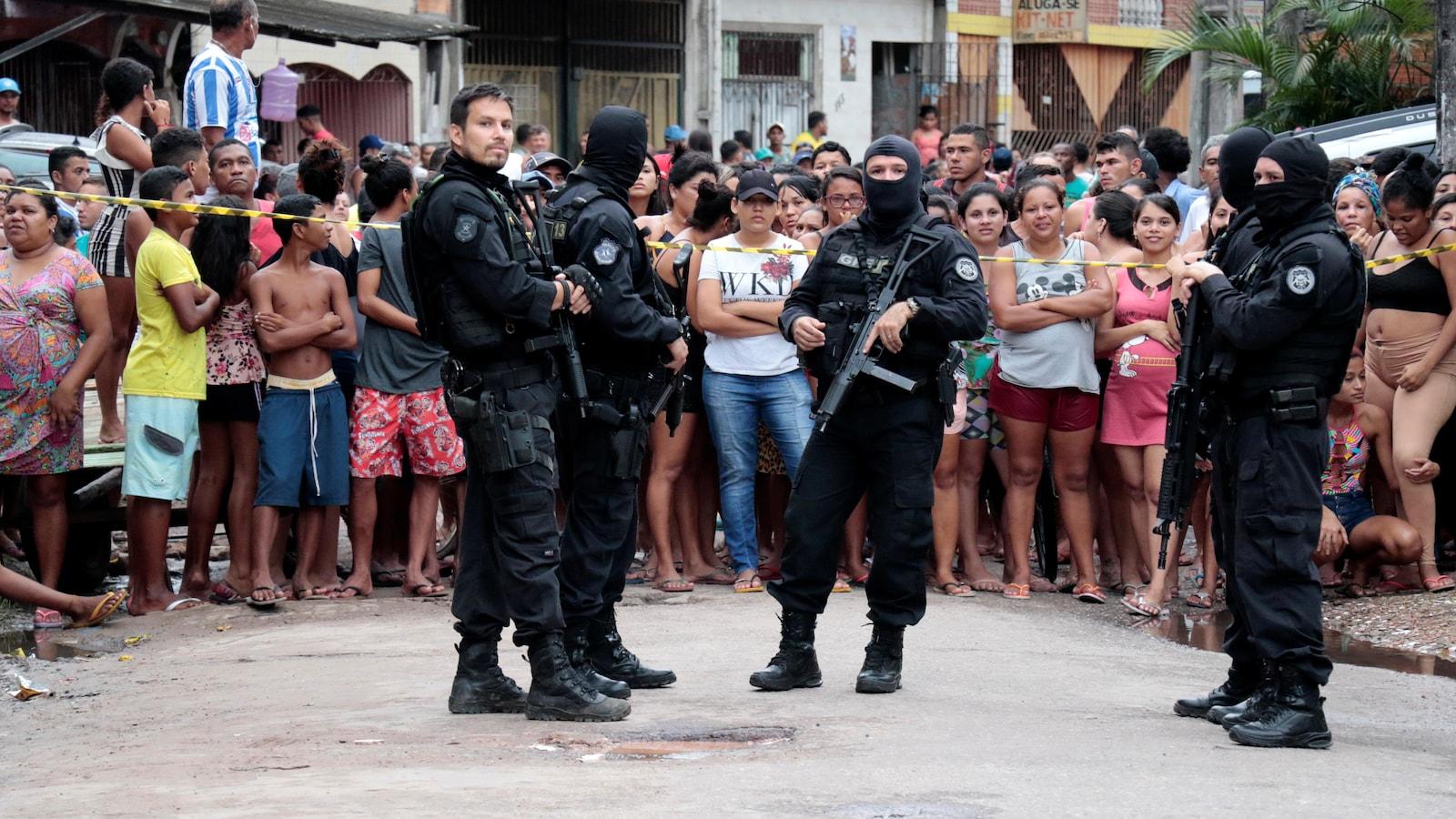 Plusieurs morts dans une fusillade dans un bar — Brésil