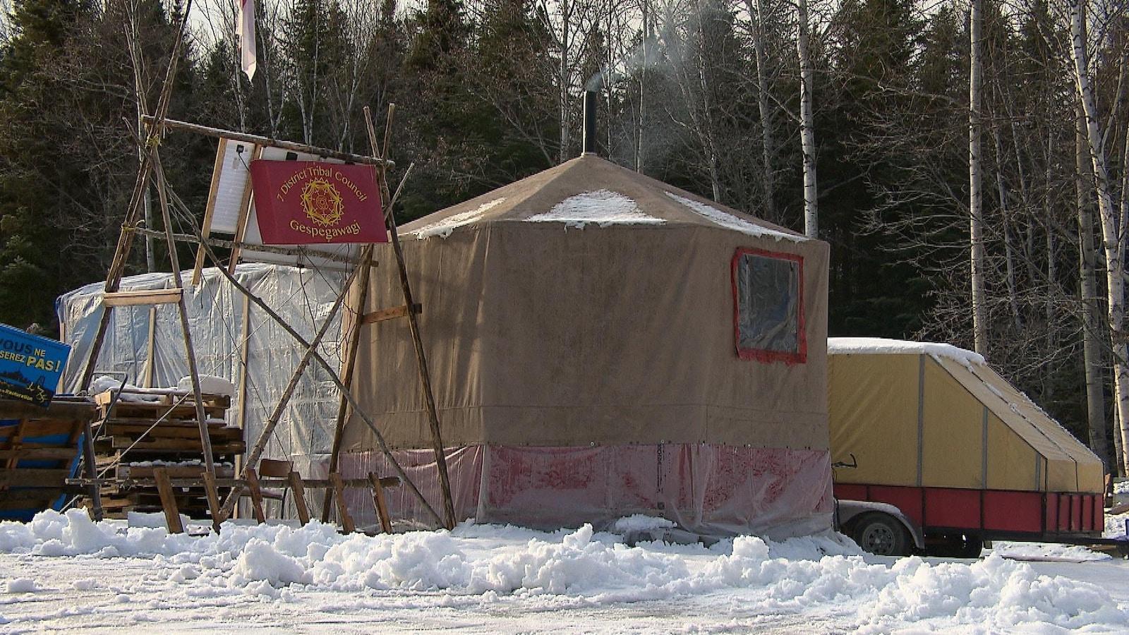 Camp de la Rivière