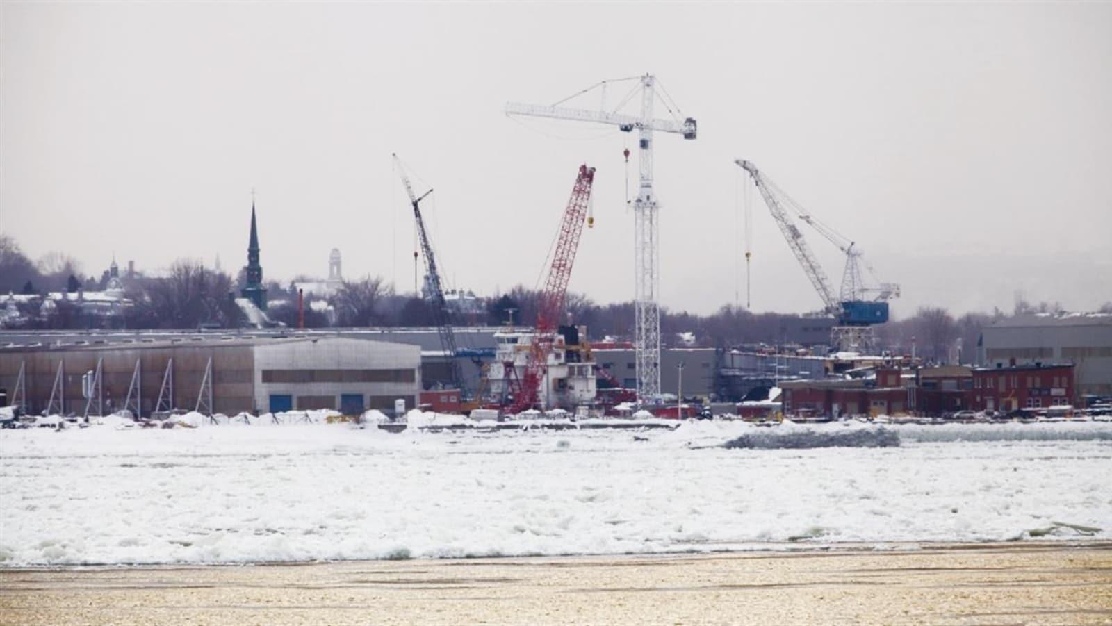 Le chantier Davie en hiver.