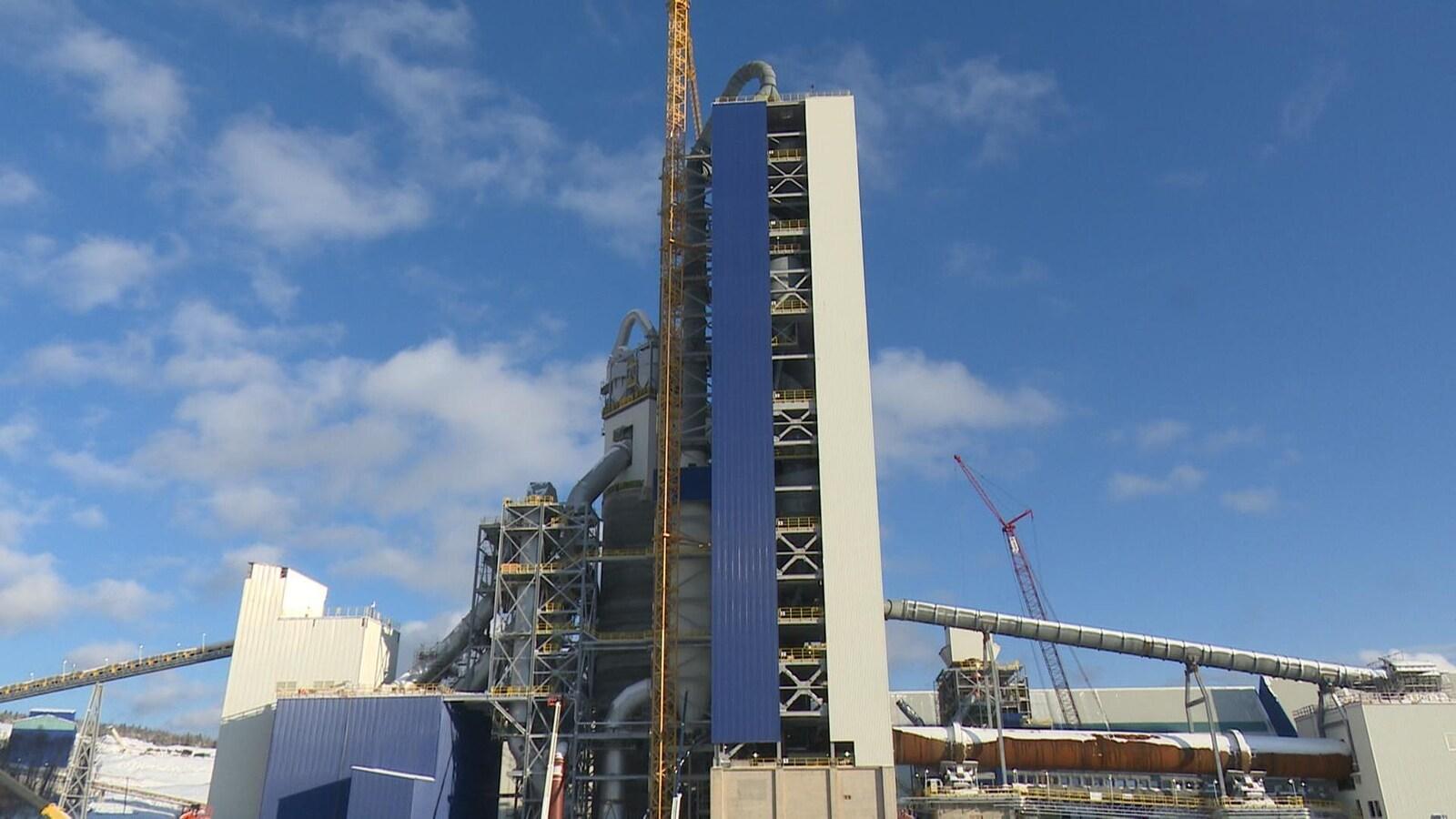 La cimenterie Ciment McInnis pourra produire 3,2 millions de tonnes métriques de ciment.