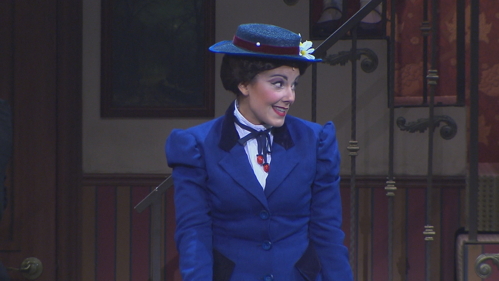 Joëlle Lanctôt prête ses traits au personnage de Mary Poppins.