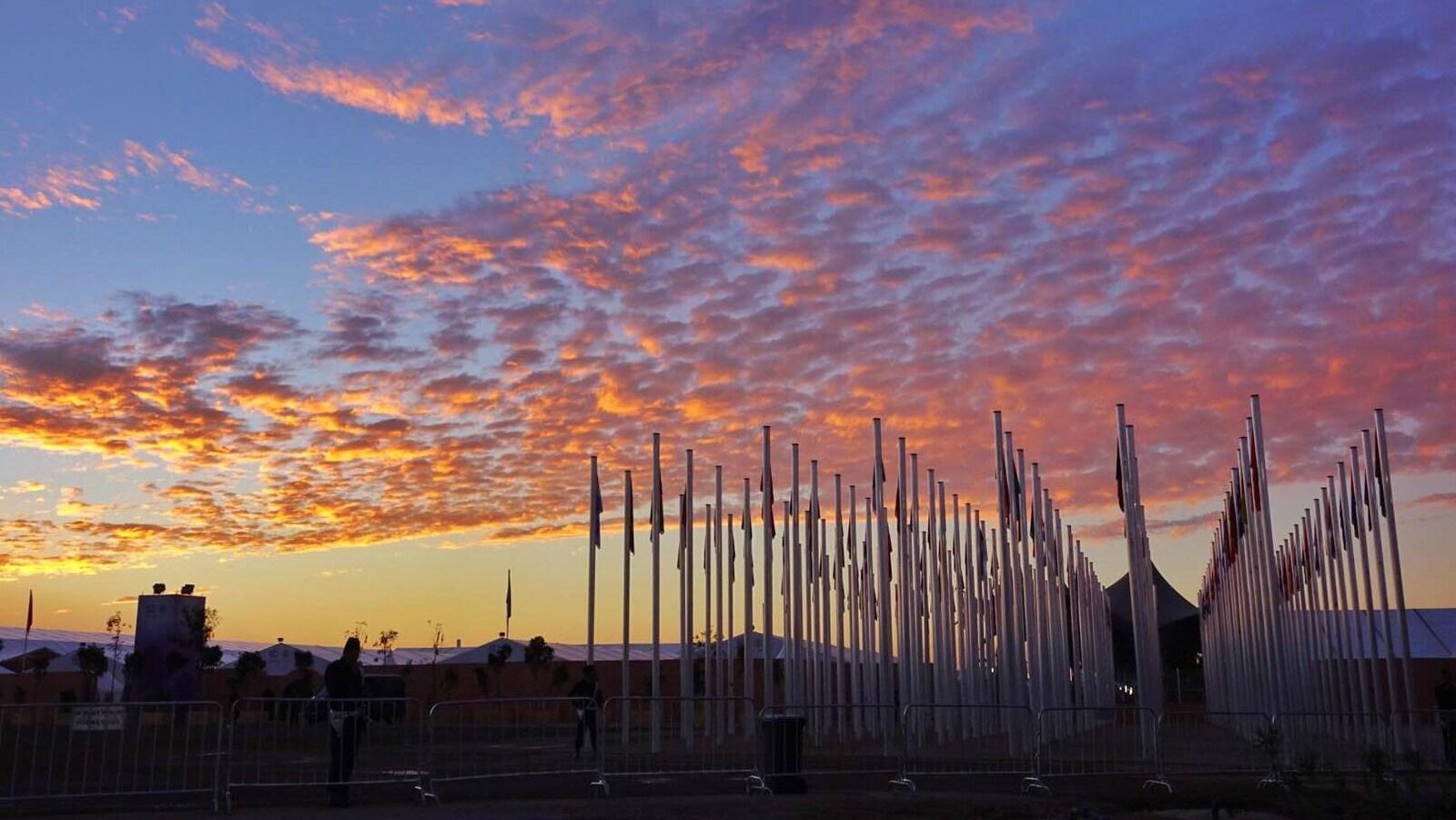 Les quelque 200 pays réunis à Marrakech dans le cadre de la COP22 se sont mis d'accord, tard vendredi soir, pour définir d'ici à décembre 2018 les modalités d'application de l'Accord sur le climat conclu l'an dernier à Paris.