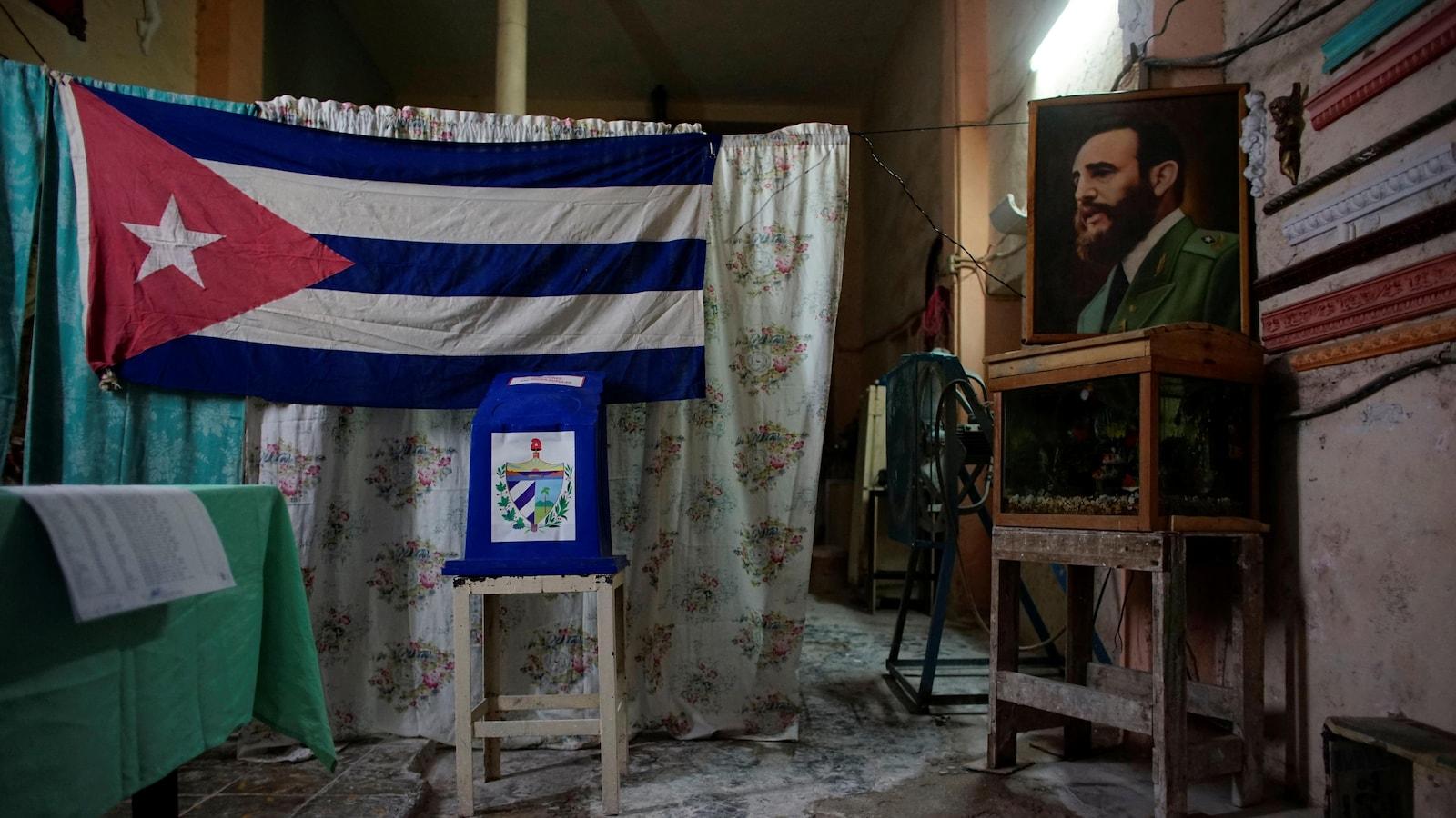 Bureau de vote cubain