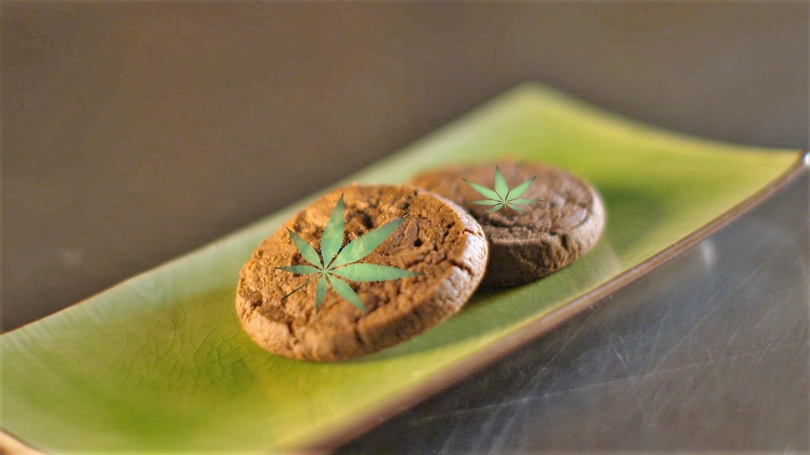 Des biscuits au chocolat au cannabis