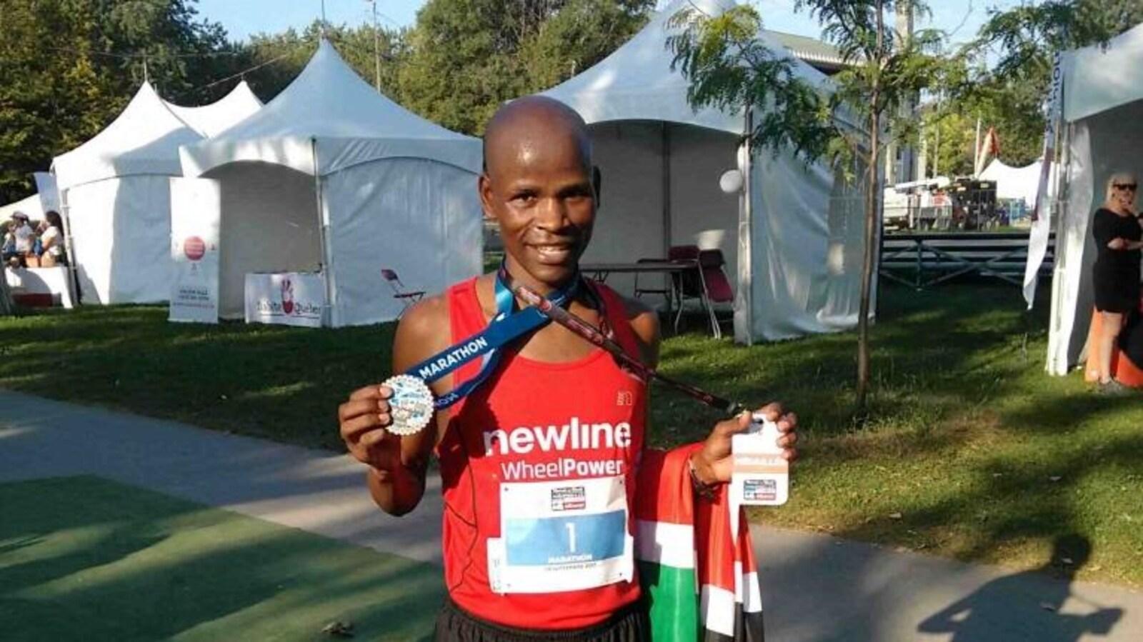 Le gagnant du demi-marathon de Montréal, le Kenyan Daniel Gekera