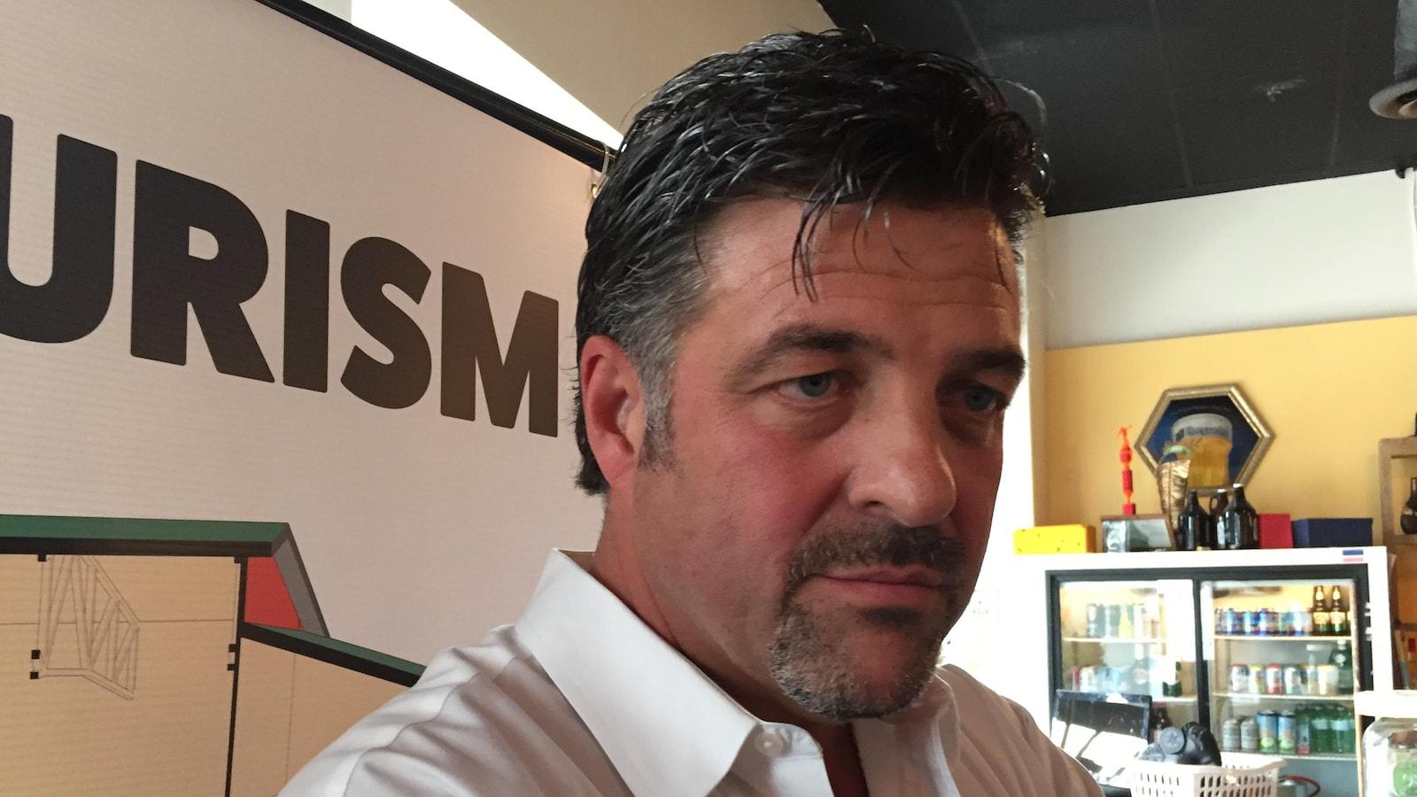 Le promoteur Dario Zulich qui propose un mégacomplexe de divertissement et de sports sur le chemin Kingsway dans le Grand Sudbury.