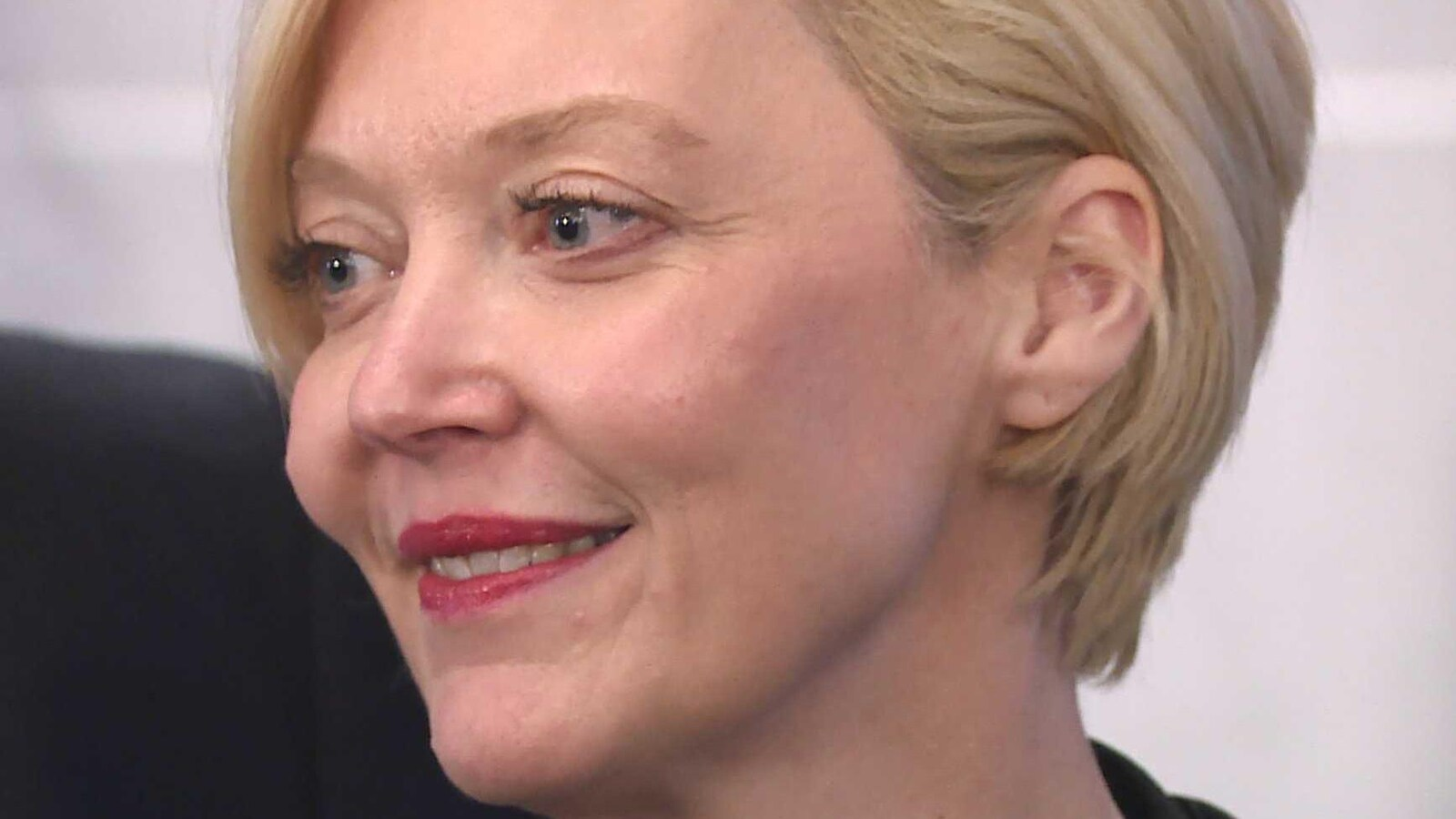 Elizabeth Smith-McCrossin.